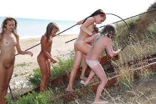 Nudist Family Events Pictures [Grassy Fields of Gold]-Family Nudism 2013
